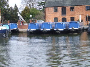 Canal boat hire from Union Wharf in Market Harborough in Leicestershire