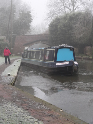 A cold day on the canal